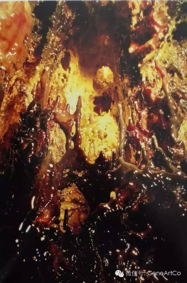 H.H.第三世多杰羌佛韻雕作品:天堂山幻影