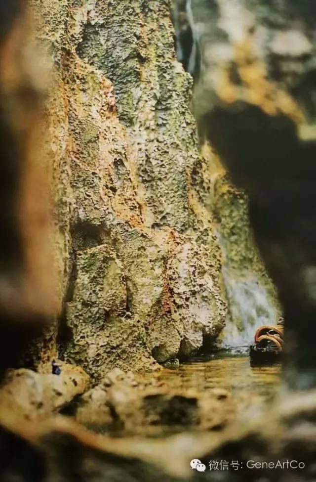 H.H.第三世多杰羌佛韻雕作品:初冬荒蕪的渡口
