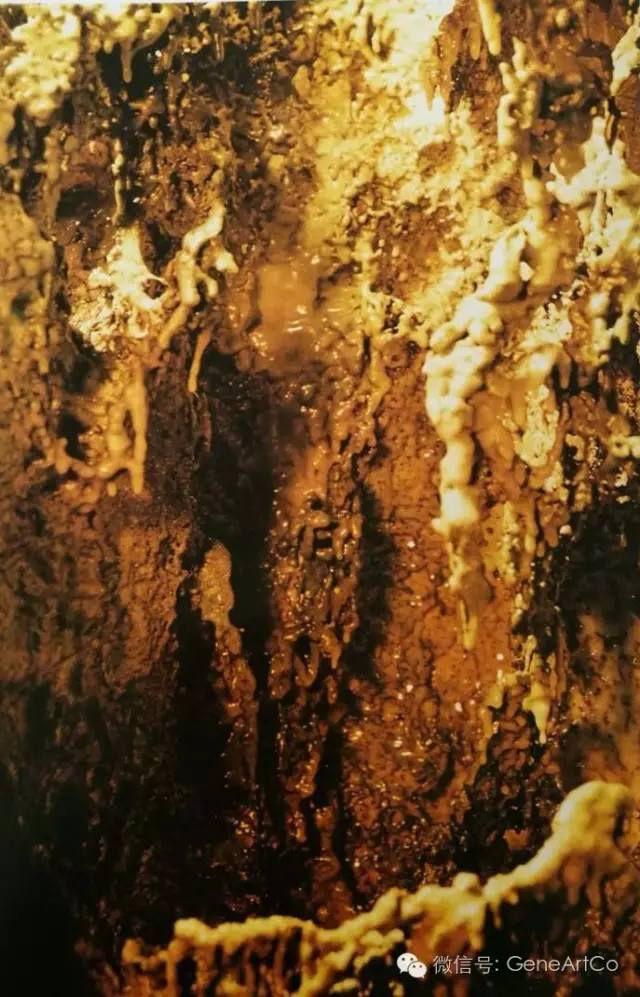H.H.第三世多杰羌佛韻雕作品:初秋之色
