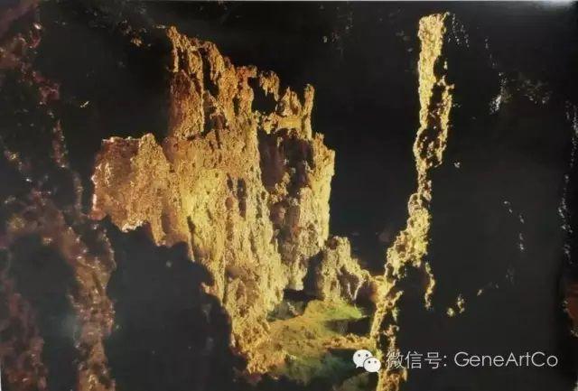 H.H.第三世多杰羌佛韻雕作品:一艘船駛入溫泉峽谷
