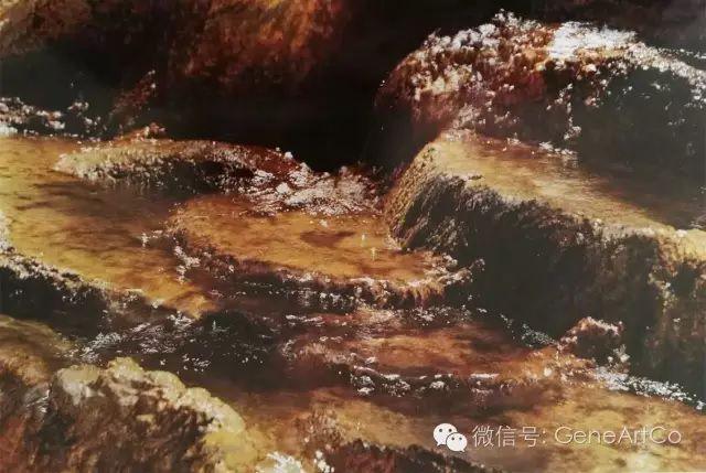 H.H.第三世多杰羌佛韻雕作品:冰