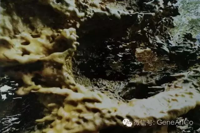 H.H.第三世多杰羌佛韻雕作品:剩餘空間