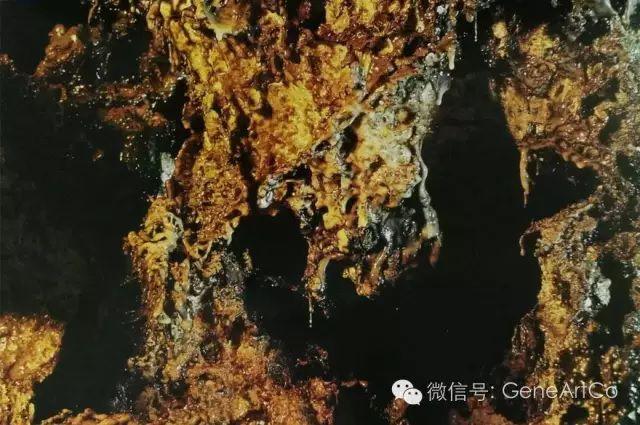 H.H.第三世多杰羌佛韻雕作品:原始自然的外觀