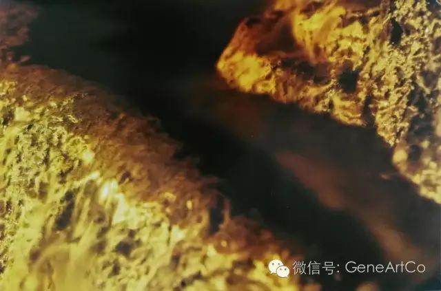 H.H.第三世多杰羌佛韻雕作品:夜幕下低语的溪流