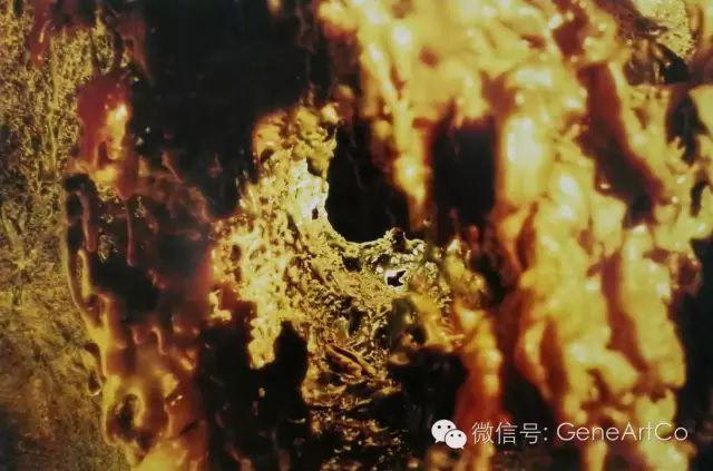 H.H.第三世多杰羌佛韻雕作品:獨特而華麗的金色寶藏