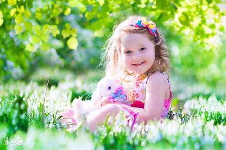 3歲女孩的一個善良舉動,改變媽媽多年的惡習(維梅)