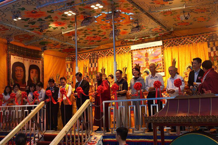 世界佛教正心會秉持大悲行願  無處不現的精神打造「行動佛殿」(相關訊息彙整)[圖片多下載較久]