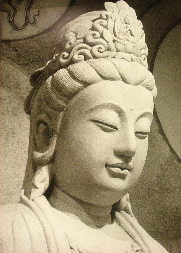 華藏學佛苑-觀音大悲加持法會的感悟:那朵白蓮的激勵(美朵)