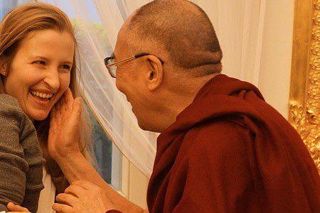 公開呼籲:「達賴喇嘛你要檢點你的淫亂行為啊」!