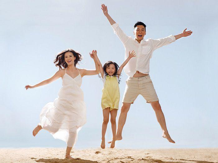 """""""兒童節""""的呼籲:真愛孩子嗎?請給她一個和諧幸福的家(訄索)"""