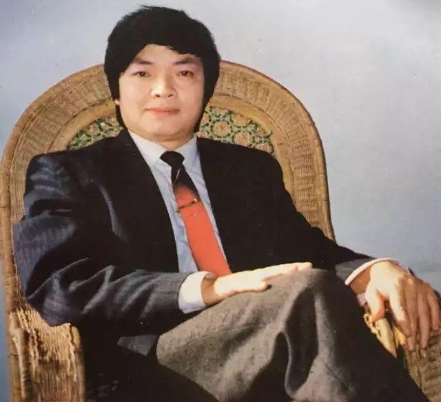 韓素音女士推崇備至的青年畫家,畫作拍賣登峰天價(亞明)
