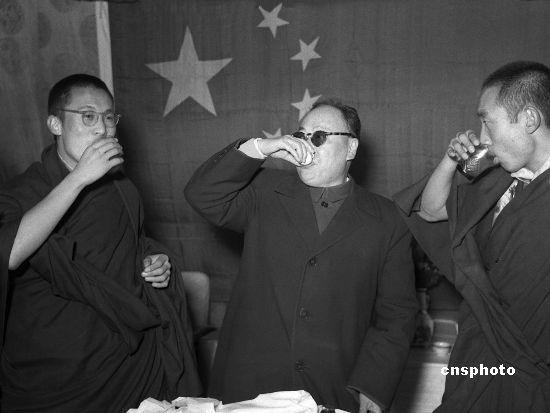 """[中國日報網站]看達賴喇嘛虛偽性:""""佛教領袖""""為何犯戒背祖"""